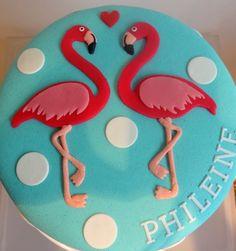 A flamingo cake! Cute..