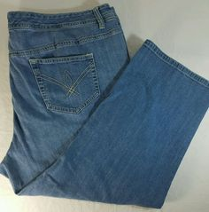 AVENUE Brand Stretch Capri Blue Jeans Signature Pocket Womens Plus Size 22 #Avenue #BootCut
