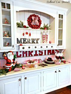 Such a pretty Christmas hutch!