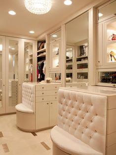 Breathtaking walk in wardrobe, walk in closet.