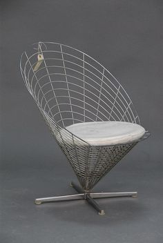 Chair. Wire