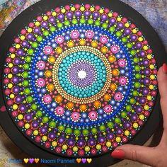 Watercolor Mandala, Mandala Canvas, Mandala Painting, Mandala Art, Diy Furniture Chair, Painted Furniture, Round Canvas, Mandalas Drawing, Dot Art Painting
