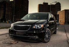 2018 Chrysler Town And Country Concept, Specs, Redesign, Release Date, Price http://carsinformations.com/wp-content/uploads/2017/04/2018-Chrysler-Town-And-Country-Redesign.jpg