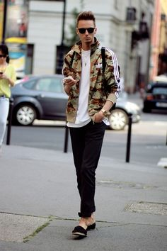 Improve Your Look With These Great Fashion Tips – Designer Fashion Tips Sport Fashion, Boy Fashion, Winter Fashion, Camo Fashion, Fasion, Men Street, Street Wear, African Shirts, Camo Shirts