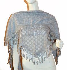 Soft Grey Triangle Knit & Lace Fashion Scarf
