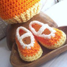 crochet candy corn | Crochet Booties Candy Corn Mary Janes - Pumpkin ... | Crochet - ideas