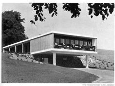 mcm arch house