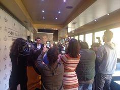 Manu Tenorio presentando su biografía  'DE TODO CORAZÓN' en el Soho Club de Madrid