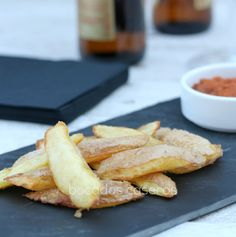 Bocados Caseros: Aperitivo de mondas de patatas fritas con dips