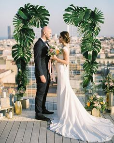 New wedding ceremony backdrop diy layer cakes Ideas Wedding Ceremony Ideas, Beach Wedding Reception, Wedding Show, Wedding Backdrops, Wedding Ceremonies, Palm Wedding, Arch Wedding, Wedding Summer, Green Wedding