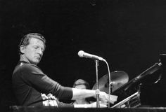 Jerry Lee Lewis Biography | pounding American rock'n'roll singer 'the Killer' Jerry Lee Lewis ...