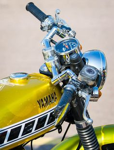 I totally like those things these people did to this stylish Dt Yamaha, Yamaha Rx 135, Yamaha Motorcycles, Cafe Racer Tank, Yamaha Cafe Racer, Cafe Racers, Xt 600 Scrambler, Chopper, Yamaha Motorbikes