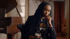 Dee Barnes from The Defiant Ones. Dee Barnes, Gap Brand, Interview Style, Movie Previews, Master Class, Cinematography, Movies To Watch, Brand Identity, Documentaries