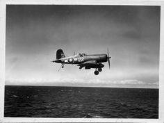Navy Aircraft, Military Aircraft, Air Plain, Photo Avion, Pilot License, F4u Corsair, Star Wars Ships, Vintage Airplanes, Aircraft Pictures