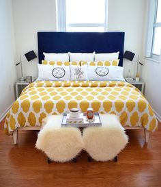 SPRING BEDROOM DECOR: Navy and yellow is such a classic and timeless color combo especially when it comes to bedding and this pairing makes any space feel brighter, happier and more refined.