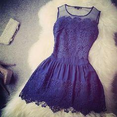 Beutiful  Black Lace Sleeveless Dress :) woooou