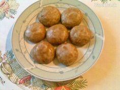 Perníčky s cukrovo-rumovou glazúrou (fotorecept) Czech Desserts, Honey Cookies, Czech Recipes, Pretzel Bites, Christmas Cookies, Rum, Sweet Tooth, Sweets, Bread