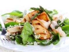 Receta de Ensalada con Pollo y Queso Azul | La ensalada con pollo y queso azul es una comida completa. Es una combinación perfecta de ingredientes. Cuando lo pruebes te darás cuenta!