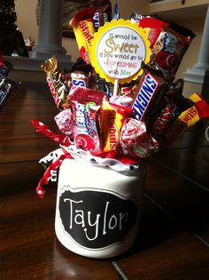 Great way to ask a homecoming or prom date :)