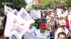 Cientos de manifestantes marchan en Ciudad de México contra Peña Nieto