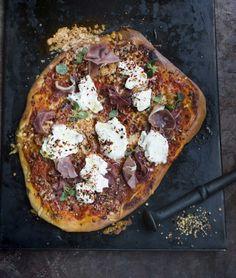 Goat cheese pizza - Veronalainen vuohenjuustopizza, resepti – Ruoka.fi