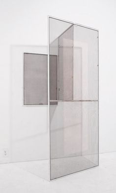 Lisa Sigal — Hinged Painting [partition]