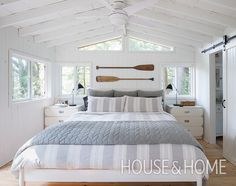 One of the most popular ways to give a space classic cottage style is to install shiplap panelling on the walls Photographer Alex Lukey Designer Margot Austin Beach House Bedroom, Nautical Bedroom, Coastal Bedrooms, Nautical Home, Home Bedroom, Lake House Bedrooms, Cottage Bedroom Decor, Lake Cottage Decorating, Beach Cottage Bedrooms