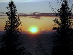Point Farms is located in South-western Ontario, just seven kilometres from Goderich. The campgrounds are situated on a bluff that is approximately 20 metres above Lake Huron and the beach. The Lake Huron sunsets are magnificent from the top of the bluff.