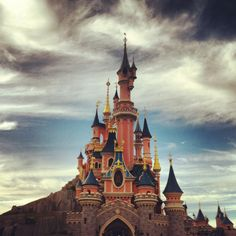 Photo by sarabotton Places Of Interest, Disneyland Paris, Disney Art, Barcelona Cathedral, Beautiful Places, Around The Worlds, Europe, Puppies, Explore