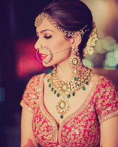 I'm a perfectionist and everything on my wedding had to be on point ! Arushis beautiful twilight wedding shot by @morviimages is now on WedMeGood.com | jewellery by birdichand ganshyam das  #bride #brides #indianbride #wedding #makeup #jewellery #bridaljewellery #nosering #redlips #nath #indianbrides #indianwedding #weddings #fashion #indianwear #indianfashion
