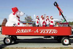 christmas parade floats | ... County News Times - Views of the Martinez Christmas Parade 12/04/02