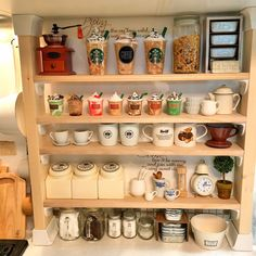 Sayuriさんの、キッチン,IKEA,コーヒーミル,カフェ風,ニトリ,セリア,salut!,ナチュラルインテリア,調味料ラック,フェイクスイーツ,cafe,Daiso,紙粘土,ミニチュア雑貨,minneにて販売中♡,フォロワー様ありがとうございます♥,こどもと暮らす。,ディアウォール DIY,フェイクフラペチーノ,のお部屋写真