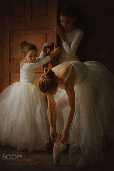 ballerina Dark Portrait, Ballerina, Portrait Photography, Ballet, Fine Art, Ballet Flat, Ballerina Drawing, Ballet Dance, Visual Arts