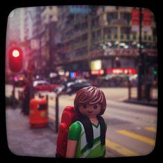 阿添遊香港之參觀周生生周大福六福無限loop。#playmobil #timtraveller #aroundtheworld #NathanRoad #Kowloon #hongkong