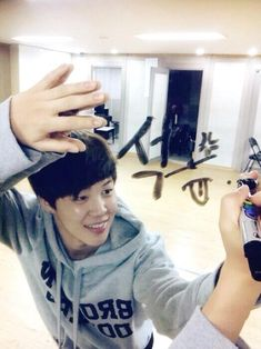 jimin's twitter update telling jin happy birthday #HappyBTSJinDay