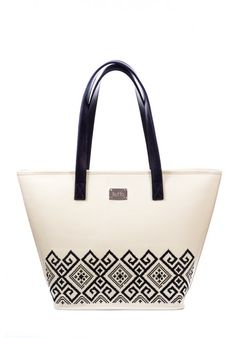Dor de Moldova Designer bag with ancestral signs from Moldova region Crafted with love by Iutta