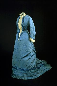 Day dress ca. 1875. Silk and cotton with silk ribbon and lace. New Brunswick Museum via McCord Museum