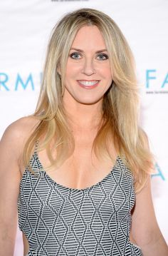 Rocker Liz Phair was born in Connecticut in She was raised in Illinois by her adoptive parents. Liz Phair, Much Music, Nicole Richie, American Singers, Tankini, Celebs, Female Celebrities, Hair Cuts, Beautiful Women