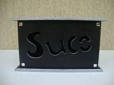 Caixa em mdf: - Pintura lisa, detalhes em relevo prata e strass (chaton) - Cor: Preto e prata (interior:preto). Feito a mão por Milena Schueda