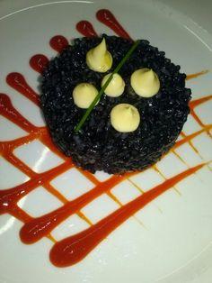 Arroz negro con sepia   #gastronomia http://www.ghbarbastro.com/es/restaurante-el-portillo