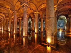 Where else in the world can you find cisterns that look like actual cathedrals? | 42 Ways Istanbul Is So Beautiful It Actually Hurts