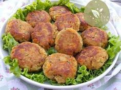 Croquettes de thon (Tuna and vegetable patties) Evasion Culinaire by Naouel Fish Recipes, Baby Food Recipes, Cooking Recipes, Healthy Recipes, Tapas, Food Porn, Salty Foods, Ramadan Recipes, Burger