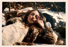 CINEMATIC PAINTINGS OF WOMEN THAT LOOK LIKE PHOTOS by Yigal Ozeri