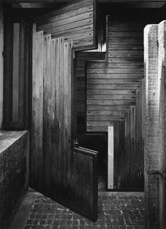 Brion Tomb in S. Vito dAltivole Entrance to the sacresty