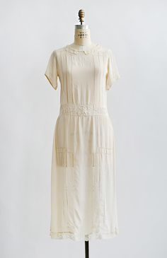 vintage 1920s pale cream silk open lace work dress