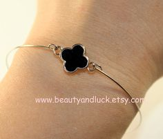 Bracelet Gold and black clover/red clover/white by BeautyandLuck