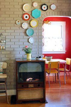 mismatched plates, colours, interior