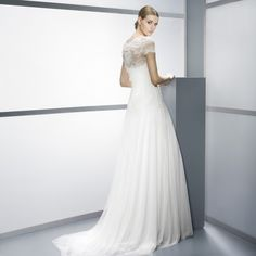 Jesus Peiro style 4052 available at Carrie Karibo Boutique in the Reading Bridal District