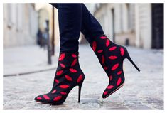 #fashion #shoes from @ivabellini charlotte-olympia-kiss-me-betsy-boots-1
