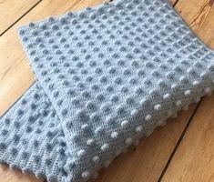 hæklet bobbel tæppe
